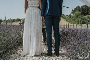 levendulás esküvő